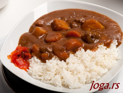 751-7a-curry-jogif